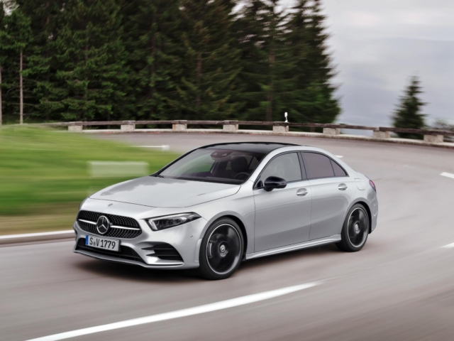 Mercedes-Benz A180 AMG Line Colombia