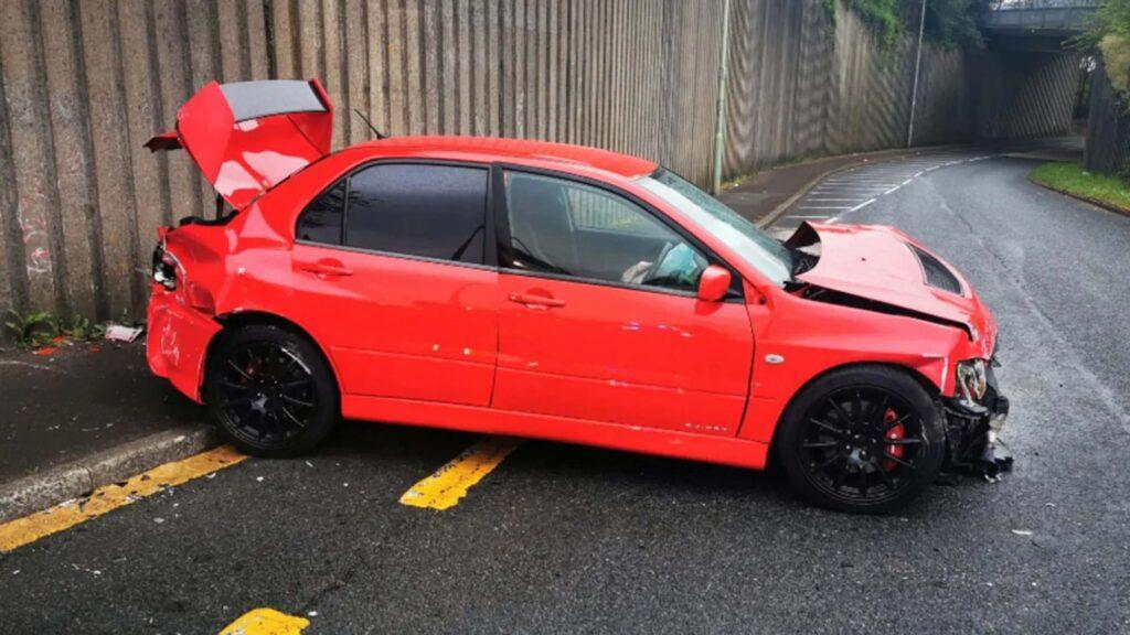 Mitsubishi Evo Accidente 8