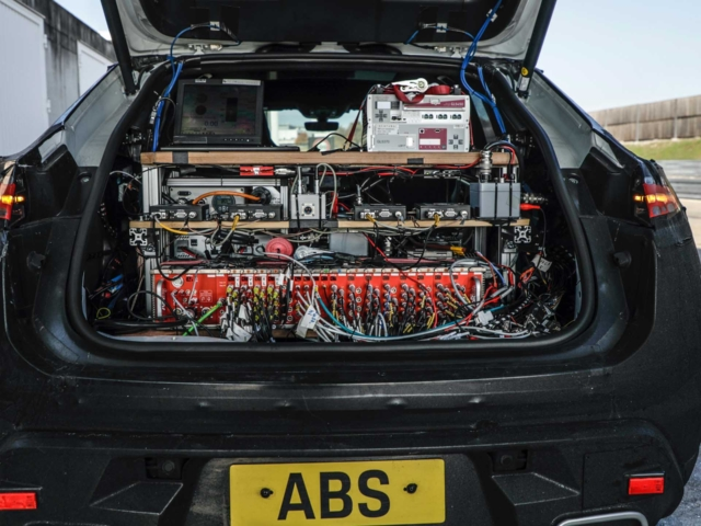 Porsche Macan eléctrico 2
