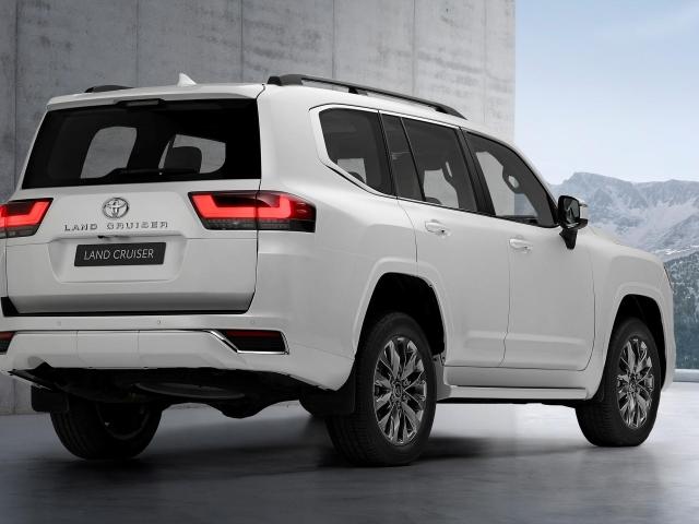 Nueva Toyota Land Cruiser 13