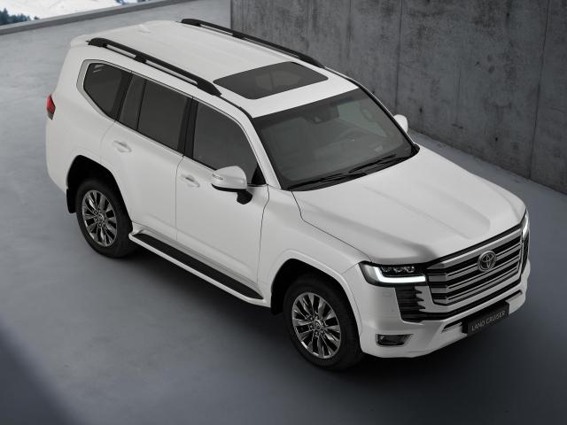 Nueva Toyota Land Cruiser 15