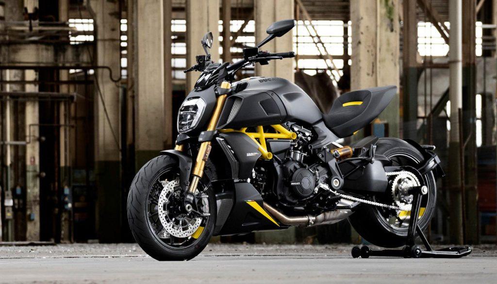 Ducati Diavel 1260 S Black and Steel 1