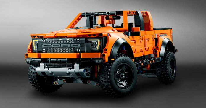 Ford F-150 Raptor Lego