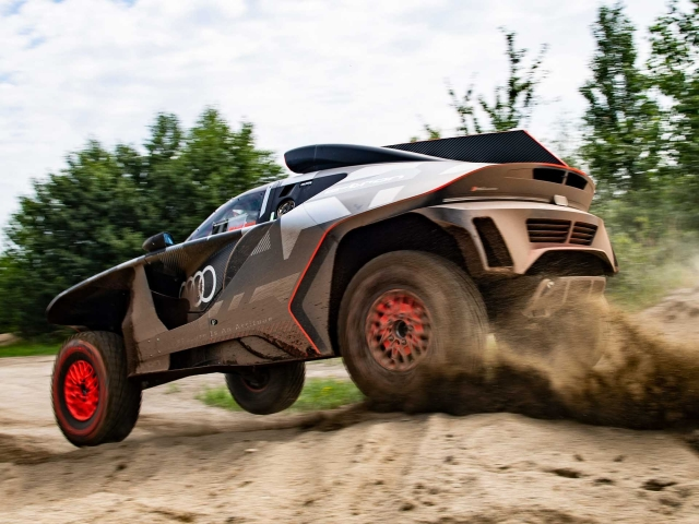Audi RS Q e-tron Dakar 10