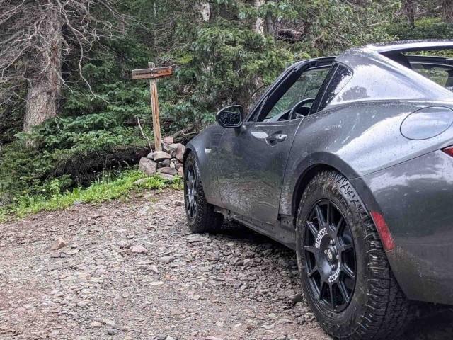 Mazda Miata offroad USA 4
