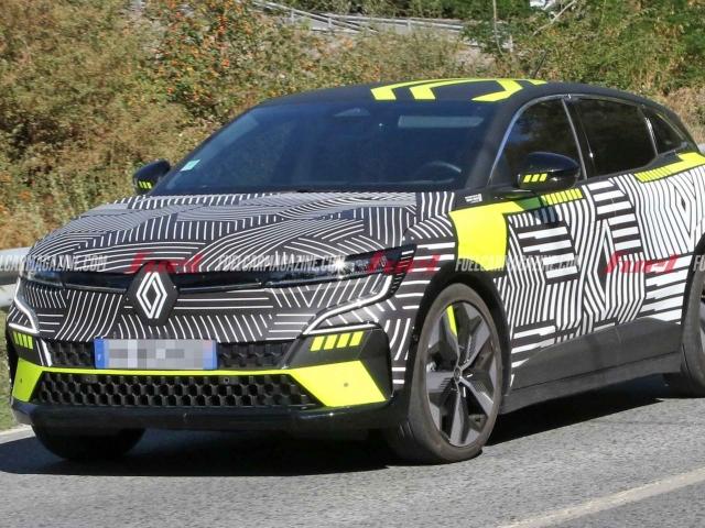 Espía Renault Megane E-Tech Electric 2