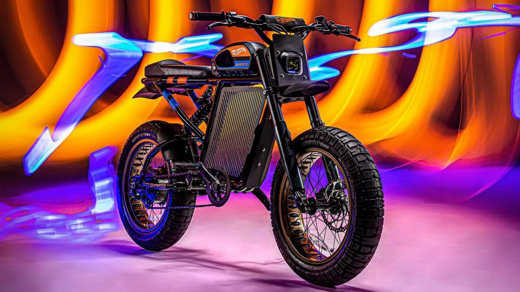 Moto eléctrica Hot Wheels 5