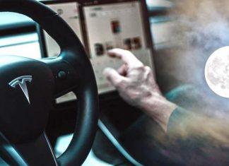 Tesla autopilot luna semáforo