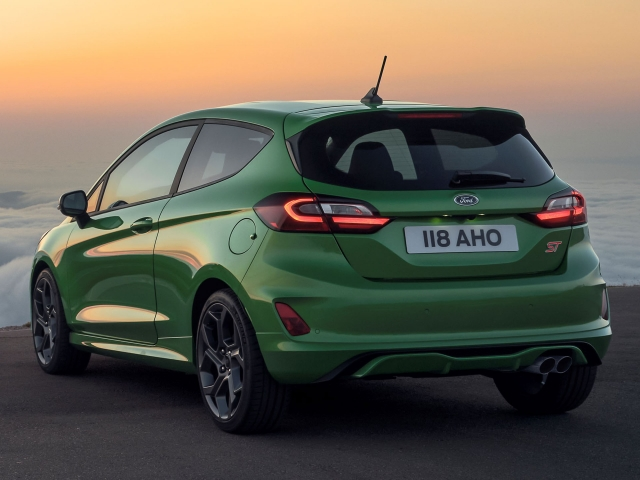 Ford Fiesta 2022 4