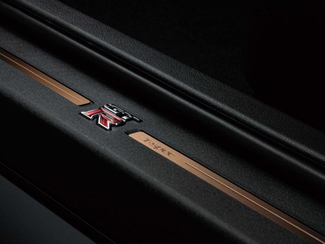 Nissan GT-R 2022 T-Spec 9