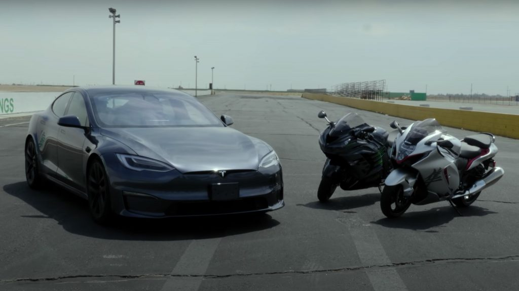 Tesla Model S Plaid vs Hayabusa vs Ninja 1